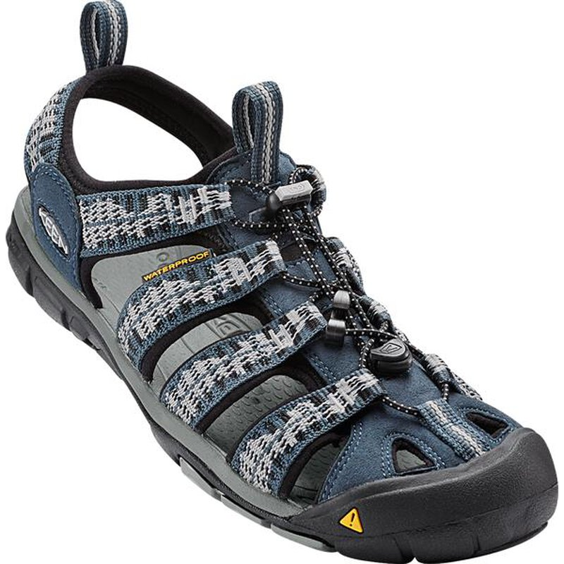 Keen Clearwater CNX Men Sandalen midnight navy vapor blau